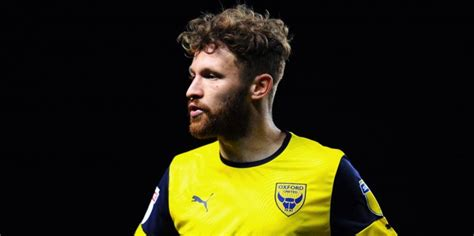 Oxford United agree permanent deal for Bristol City ...