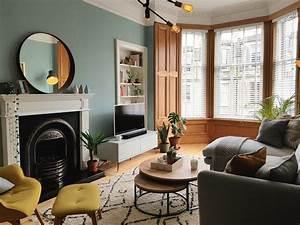 Small, Living, Room, In, Victorian, Apartment, Edinburgh, Scotland, Amateurroomporn