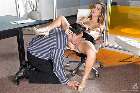 Big Tits Pornstar Keisha Grey Is Enjoying A Good Hardcore