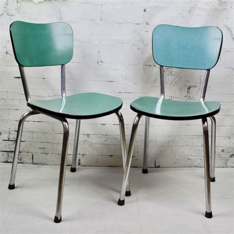 chaises formica chaise de cuisine en formica bleu pied compas vintage ées 60 50
