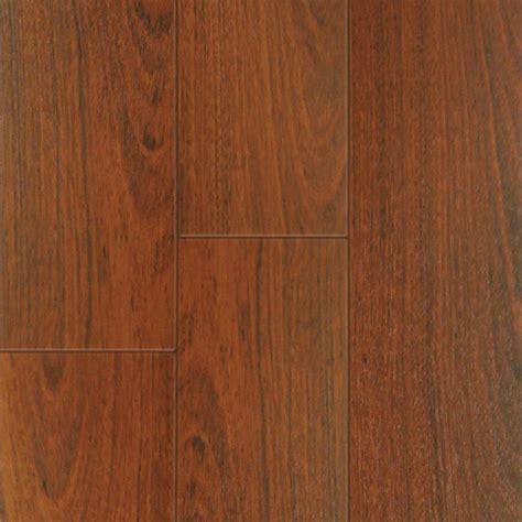 laminate flooring 12mm thick mohawk somerton ii 12mm thick jatoba laminate flooring 16 22 sq ft case the home depot