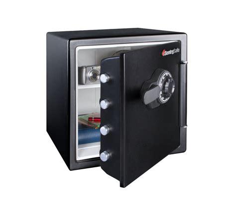door lock box sentrysafe sfw123cs 1 2 resistant big bolt safe