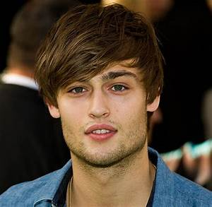 Douglas Booth to play Romeo opposite Hailee Steinfeld in ...