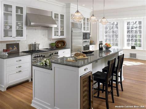 modeles de cuisine avec ilot central modele cuisine avec ilot bar maison design bahbe com