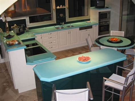 cuisine gris et bleu cuisine bleu turquoise relooker avec modernit une cuisine