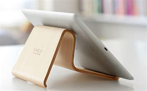 support ordinateur portable design et ergonomique en bois