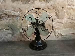 Petit Ventilateur De Bureau : ventilateur ancien en fonte ~ Nature-et-papiers.com Idées de Décoration