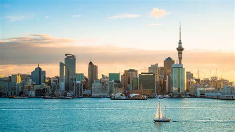 'นิวซีแลนด์' ประกาศยกเลิกภาวะฉุกเฉิน มีผลหลังเที่ยงคืนวันนี้