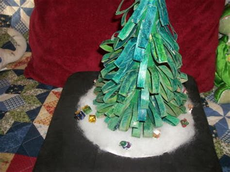 toilet paper roll tabletop christmas tree favecrafts com