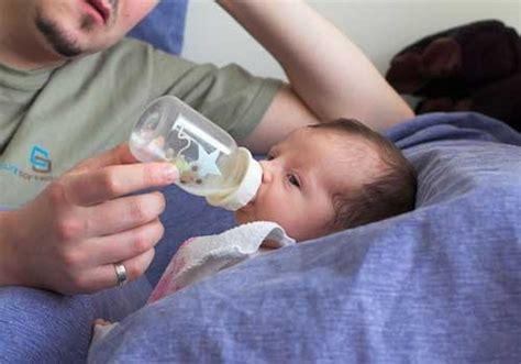 alimentazione quando si allatta come usare il biberon quando si allatta