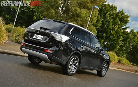 Drivers Mitsubishi by 2014 Mitsubishi Outlander Phev Aspire Review