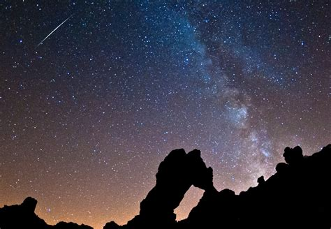 perseid meteor shower    bgr