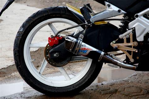 Modif Mx Cakram Belakang by Kode23 Yamaha Jupiter Mx 2006 Inspirasi Dari Kenny Robert