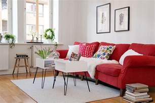 ikea sofa rot rote im wohnzimmer welche wandfarbe und co passen dazu