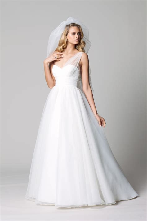 Easy On The Budget Easy On The Eyes Wtoo Wedding Dresses