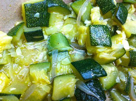 cuisiner des courgette recette courgette à l 39 étouffée