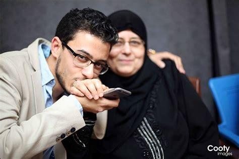 بالصور.. المُنشد مصطفى عاطف يحتفل بخطوبته