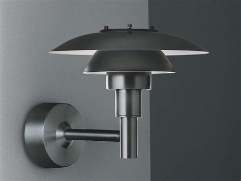 buy the louis poulsen ph 3 2 189 outdoor wall light at nest co uk