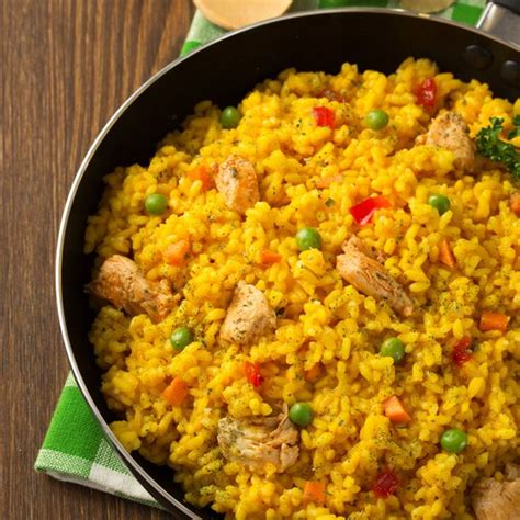 cuisine de pomme de terre recette riz au poulet et petit pois aromatisé au safran
