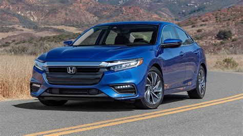 2019 Honda Insight Review 6 Things To Know Motortrend