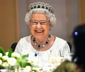 Queen Elizabeth II Is Not Dead PEOPLE com