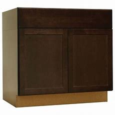 Hampton Bay Shaker Assembled 36x345x24 In Accessible