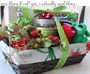 viva revival interior design graphic design and crafts how to make your own holiday gift basket