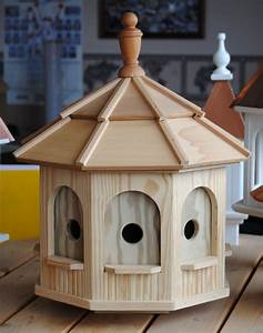 Outdoor bird houses: with photo, image