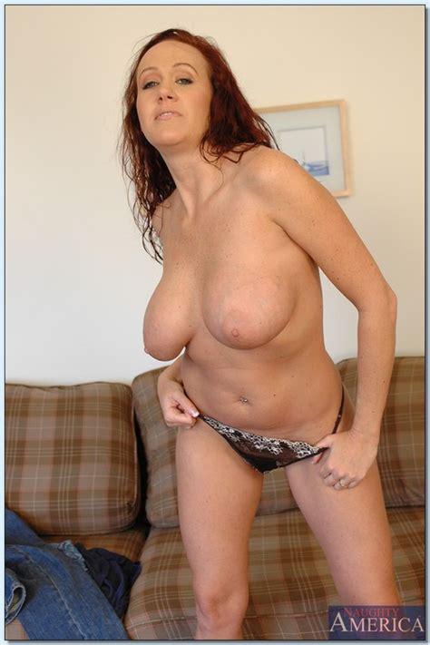 Milf Bailey O Dare Naked Photo