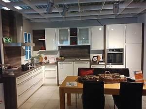 Arbeitsplatte Küche Preis : nobilia musterk che moderne winkel k che ~ Michelbontemps.com Haus und Dekorationen