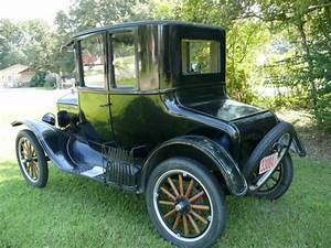 1925 Model T Ford Coupe