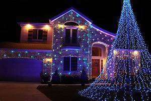 Elegant christmas flood lights for your flag pole