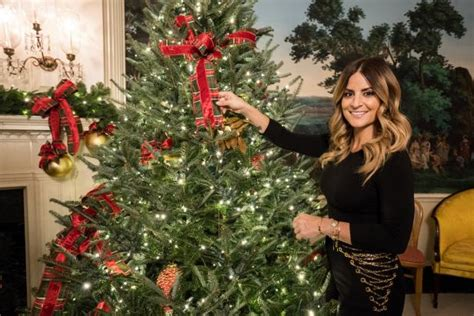 hgtv white house christmas  special airs december