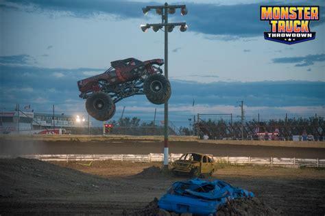 monster truck show edmonton results edmonton monster truck throwdown 2017