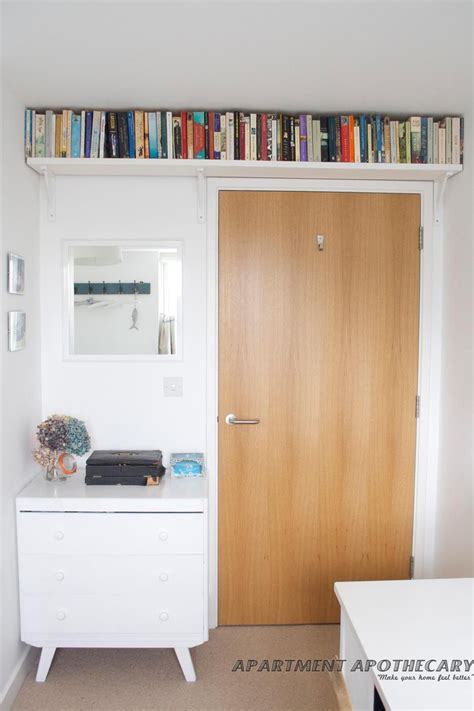 ways  save space   bedroom bookcases