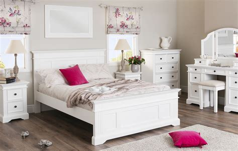 shabby chic bedroom sets shabby chic bedroom furniture bedroom furniture direct 17044 | Gainsborough White furniture set