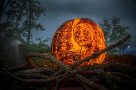 spectacular jack  lanterns brilliantly carved  lit