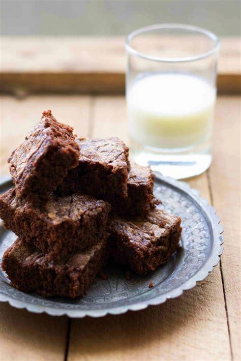 milk chocolate brownies  tates bake shop  white