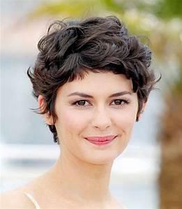Coiffure Cheveux Courts Bouclés : coiffure cheveux boucl s courts femme ~ Melissatoandfro.com Idées de Décoration
