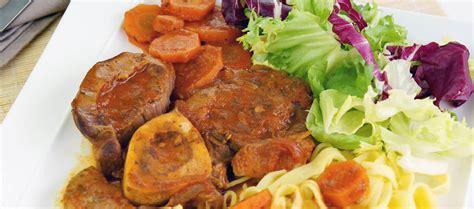 cuisine italienne osso bucco osso bucco un grand classique de la cuisine italienne à servir avec des tagliatelles fraîches