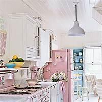 beach cottage decor Beach Cottage Style: Adding Color to Coastal Style