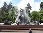 Deluge Fountain - Wikipedia