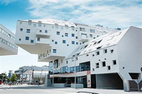 Moderne Häuser Wien by Sch 246 Ner Wohnen In Wien Dieses Wohnhaus In Wien Bildet Mit