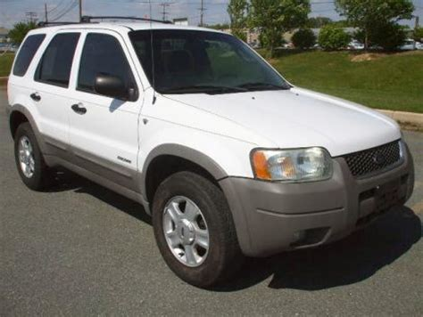 ford escape xlt   suv  sale    md