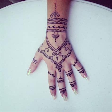 home green leaf hennagreen leaf henna henna tattoo