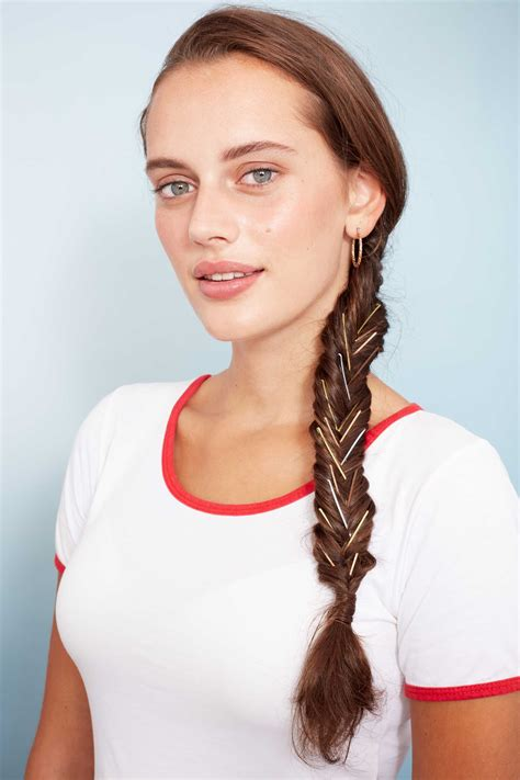 9 cool bobby pin hairstyles to add to your hair routine