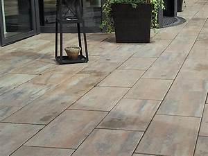 Terrassen Fliesen Großformat : impressionen palais terrassenplatten poetsch mit stein gestalten pflastersteine platten ~ Frokenaadalensverden.com Haus und Dekorationen