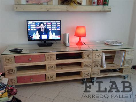Mobili In Pallets by Porta Tv Con Pallet Pc13 Pineglen