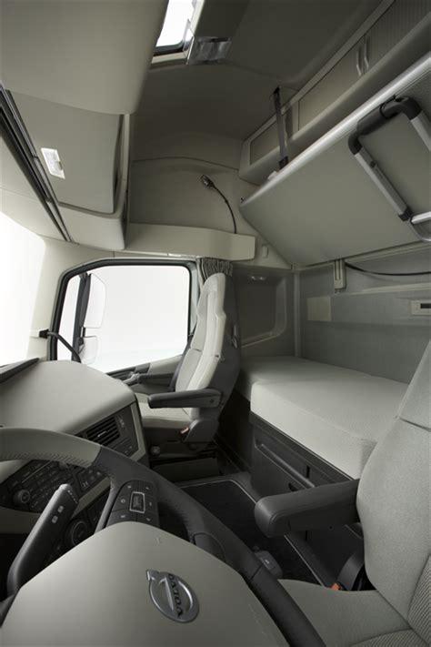 interior    volvo fh volvo trucks