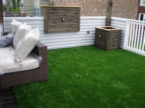 balcony grass backyard grass patio grass decon designs
